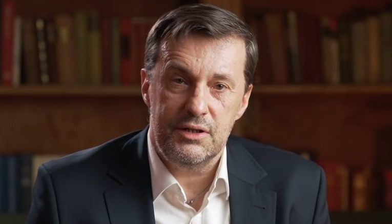 Witold Gadowski: Ta pandemia nie jest chwilowa i nie zostawi świata w spokoju